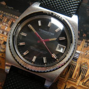 1960'S 'TIDEMASTER' STAINLESS-STEEL DIVERS WRISTWATCH